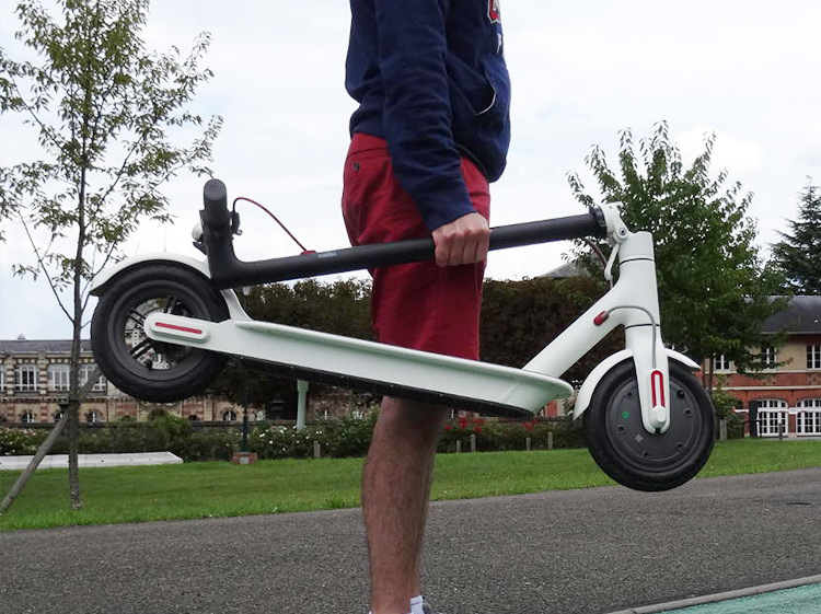 Rechargeable Electric Scooter